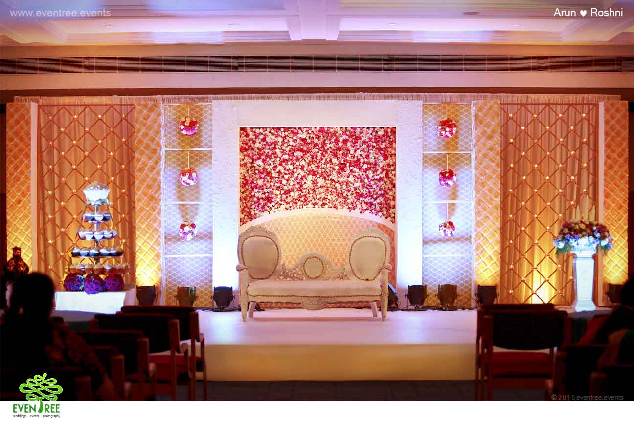 Eventree wedding planners eventree wedding planners kochi kerala eventree wedding planning service tailored all the service in quality it starts booking venues designing of wedding invitation wedding ornaments and junglespirit Image collections
